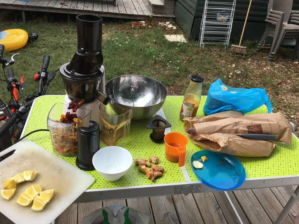 extracteur de jus kuvings au camping